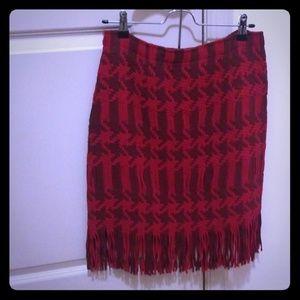Highwaisted Fringe Houndstooth Skirt